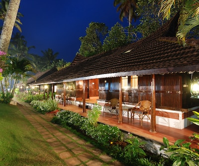 Kayaloram Heritage Lake Resort,Alleppey
