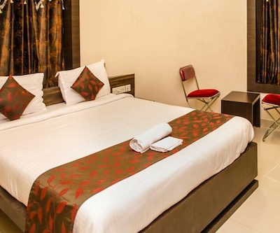 Hotel South Fern, Gariahat,