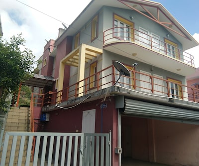 Saranya Home Stay,Kodaikanal