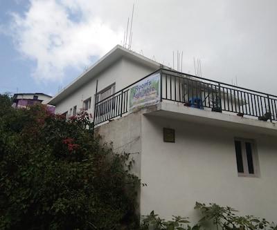 Karnan Cottage,Kodaikanal