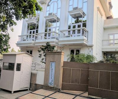 Hotel Exotica Gurgaon,Gurgaon