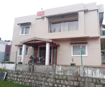 Aaranya Inn,Ooty