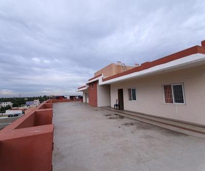 Pranov Residency Peace Stay,Coimbatore