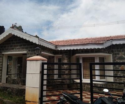Thane Molizh Villa,Kodaikanal