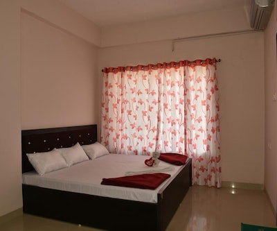 StayEden Golden Palms,Indore