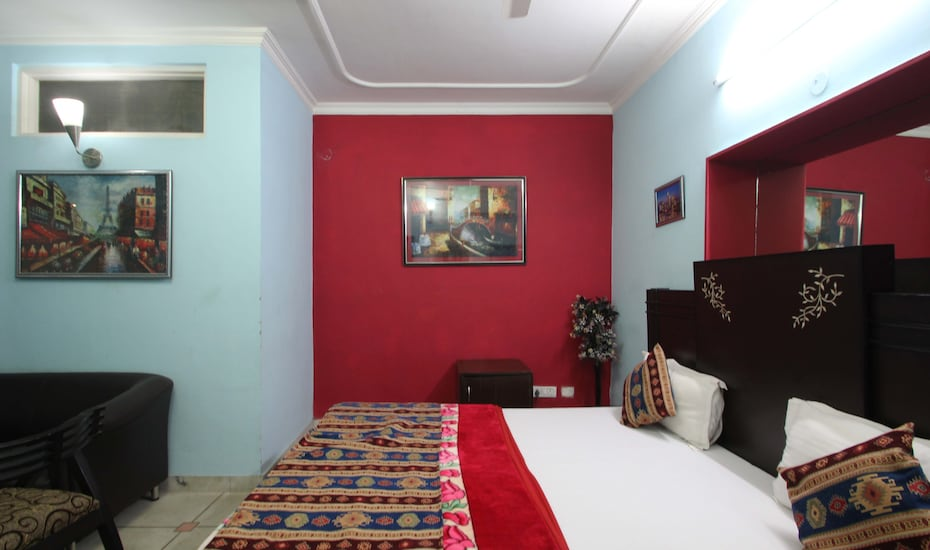 Hotel Flic Flac, East Of Kailash,