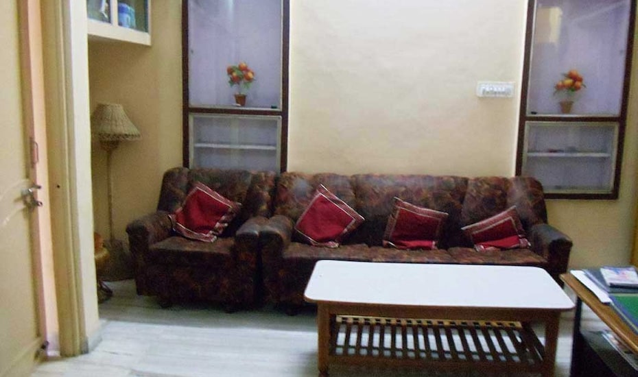 Roop Mahal Guest House, Dargah Shareef,