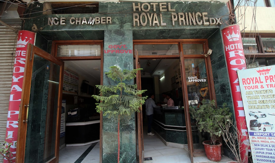 Hotel Royal Residency Dx. @ New Delhi Railway Station, Paharganj,
