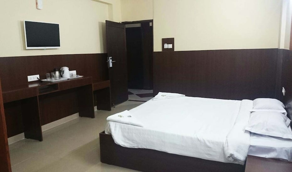Mysore Mayflower Hotel, Metagalli,