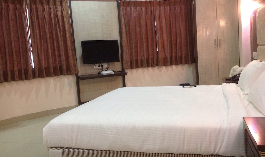 Golden Palace Hotel - Bhopal, ,