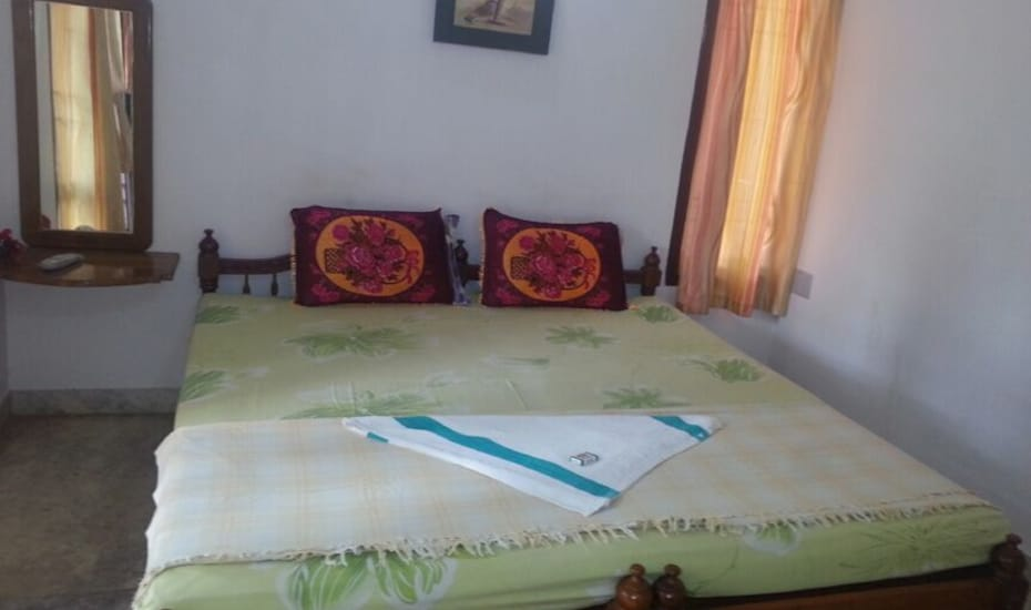 TG Stays Opp .Casa Maria Beach Resort, Beach Road,