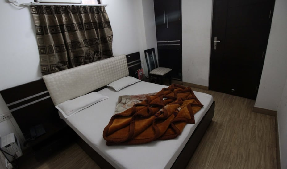 Hotel Akash Continental Dx., Desh Bandhu Gupta Road,