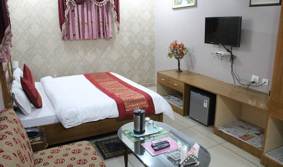 Hotel S P International, Latouche Road,