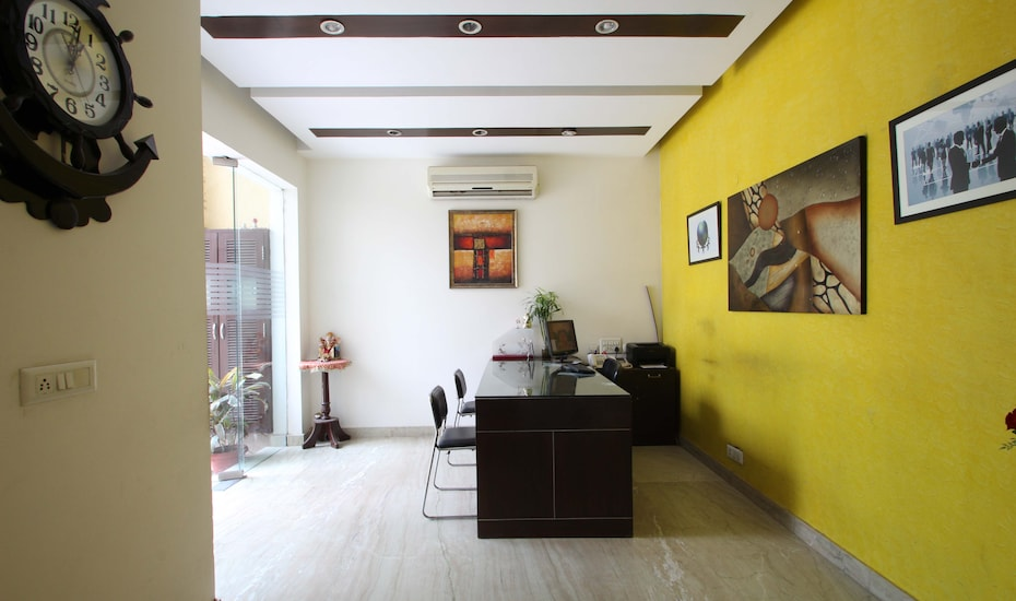 Hotel Plaazaa1-The Boutique Hotel, DLF Phase I,
