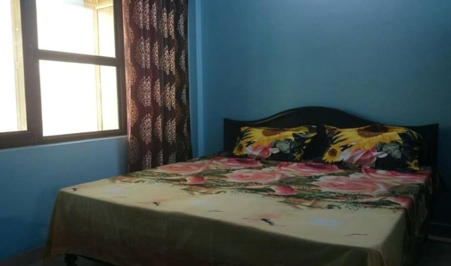 Nandi Guest House, Neelkanth Road,