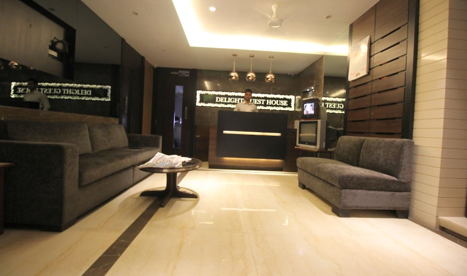 Delight Guest House, Colaba,