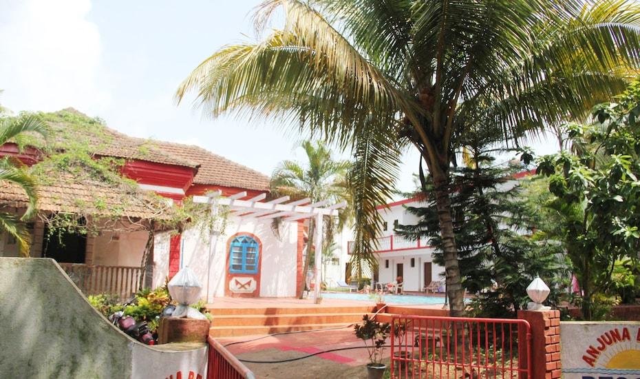Book Hotels In Goa Anjuna