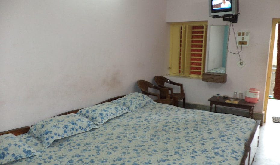Hotel Sea Foam, Chakratirth Road,