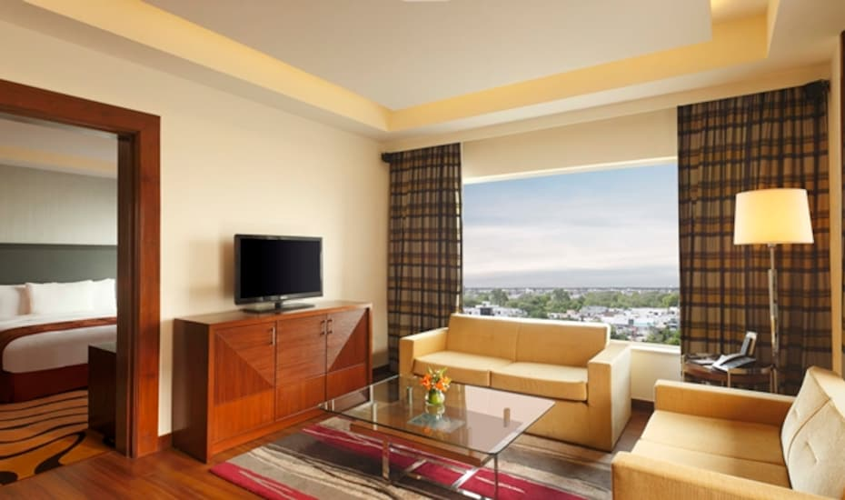 Double Tree by Hilton Gurgaon, Golf Course Road,