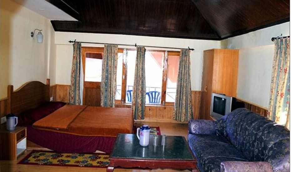 Himalayan Cottages, Shuru,