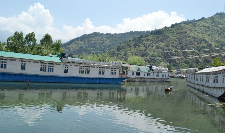 Miss India Houseboat, Dal Lake,