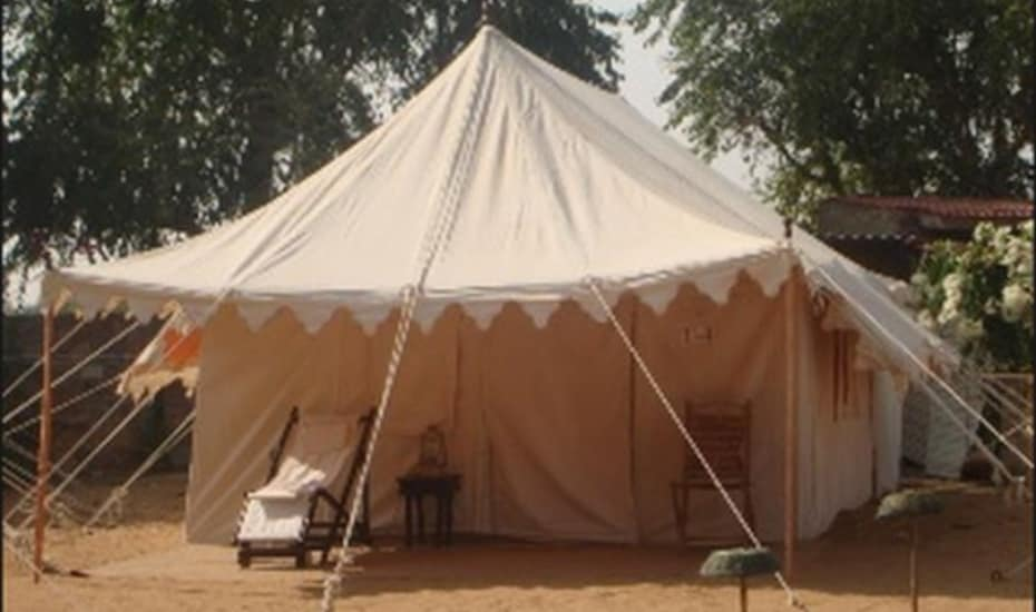 Pari Desert Camp, Motiser Road,