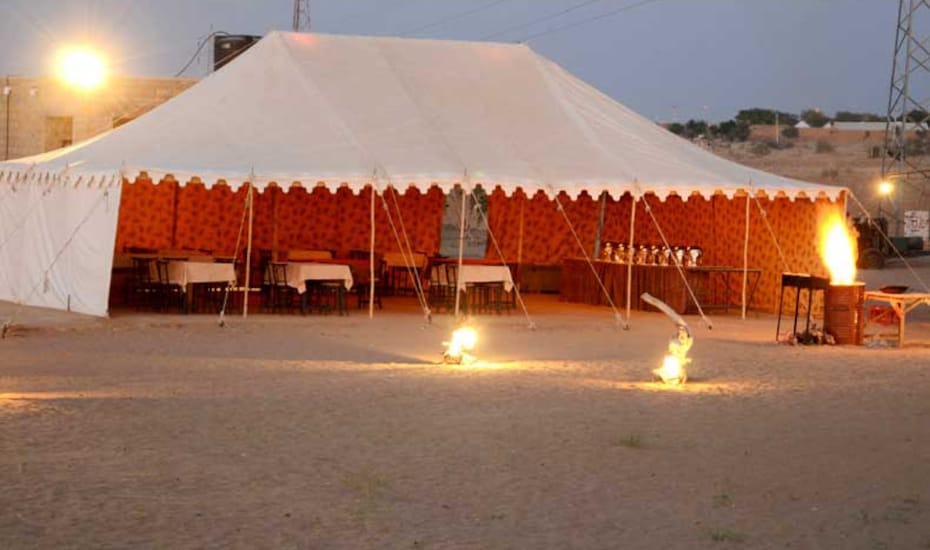 Chirag Desert Camp, Sam,