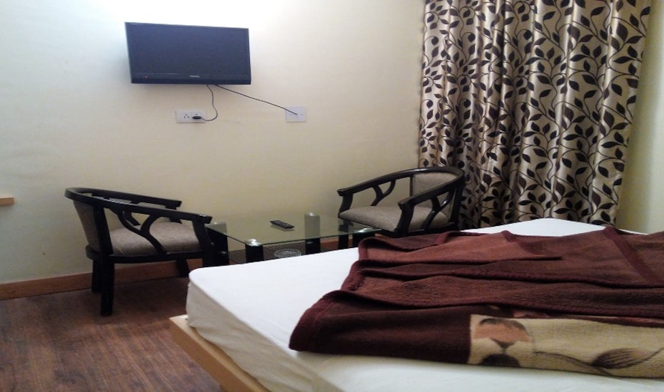 Hotel Aangan Regency, Near Bus Stand,