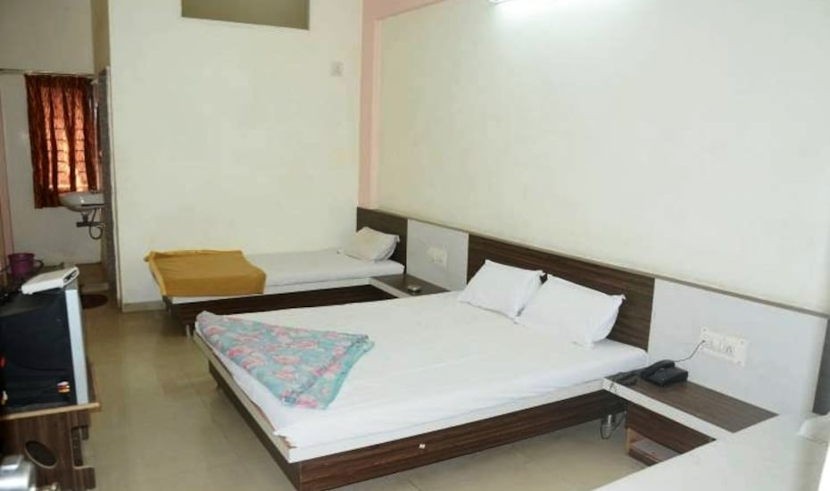Hotel Nilkanth Residency, Motera,