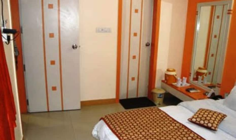 Hotel Shyam Excellency, Pal Road,