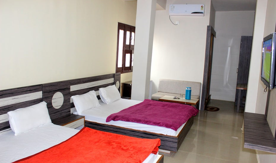 Abhishek Palace, Palanpur House Colony,
