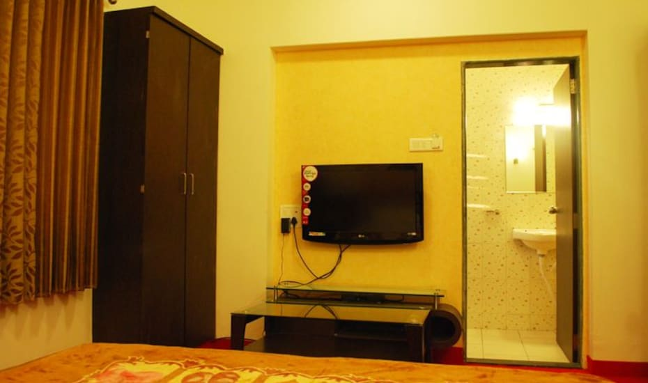 Hotel Ajinkya Executive, Wakad,