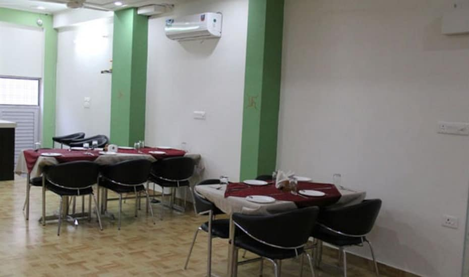 Hotel Alwar Inn, ,