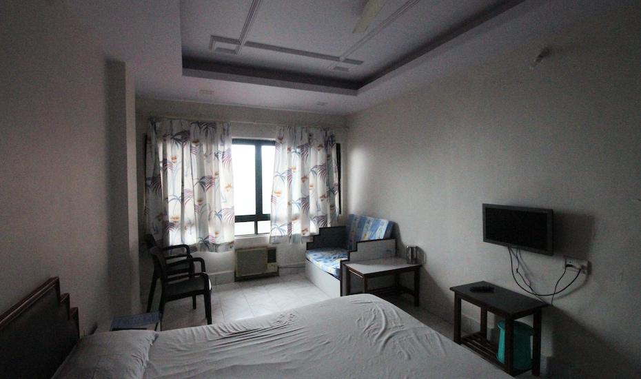 Hotel Laxman, Deccan Gymkhana,