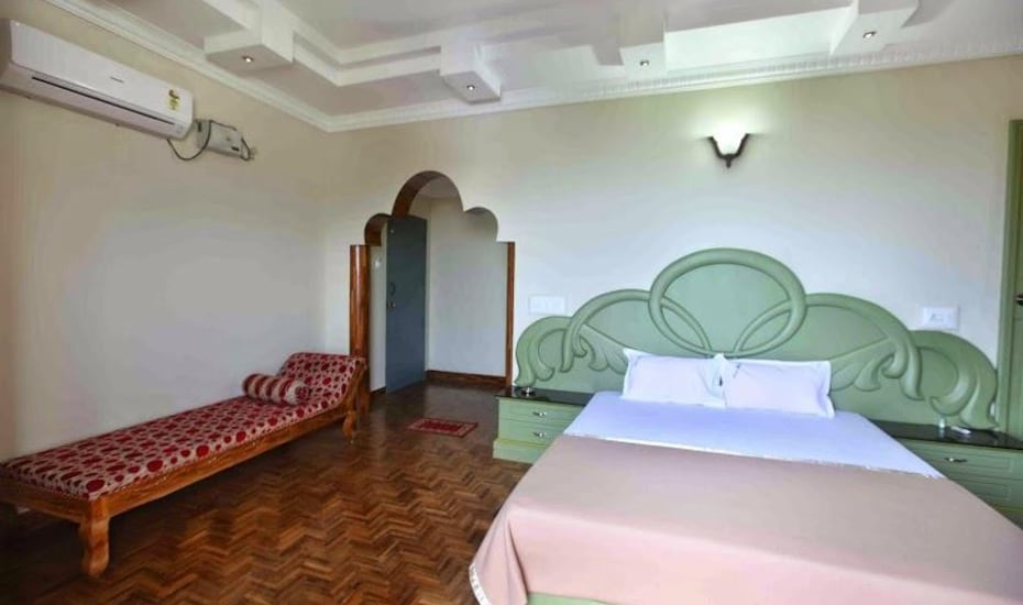 Hotel Chithra, North car street,