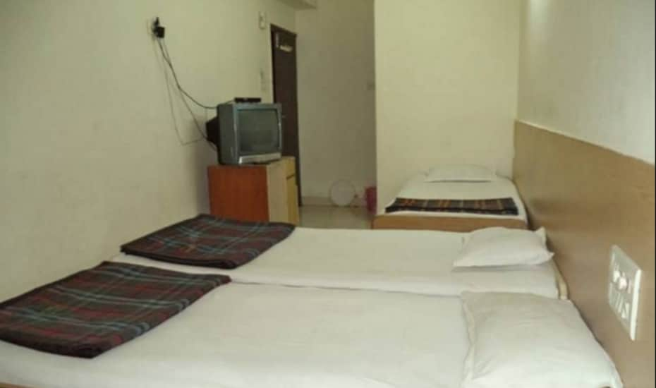 Hotel Ambika Lodge, Central Pune,