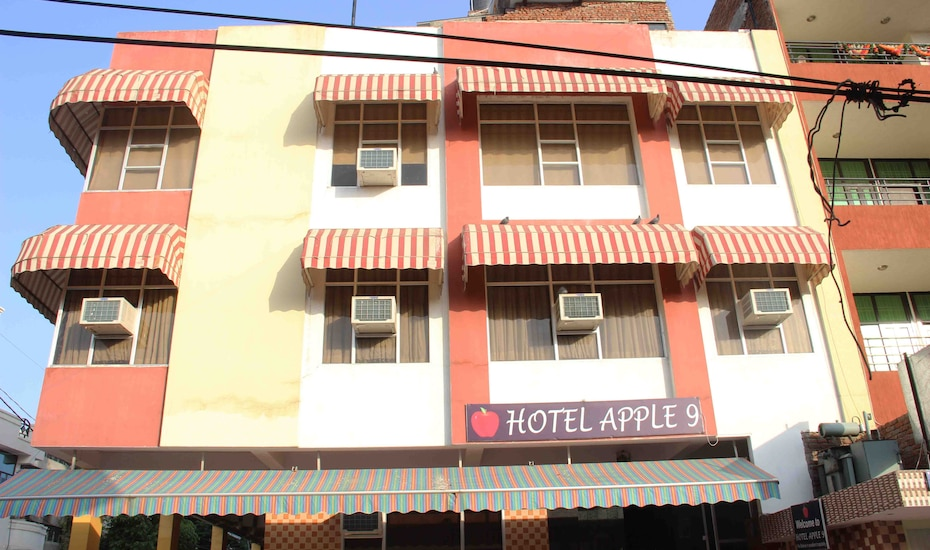 Hotel Apple 9, Malviya Nagar,