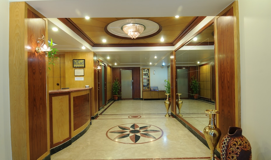 Hotel Crystal, Mumbai Central,