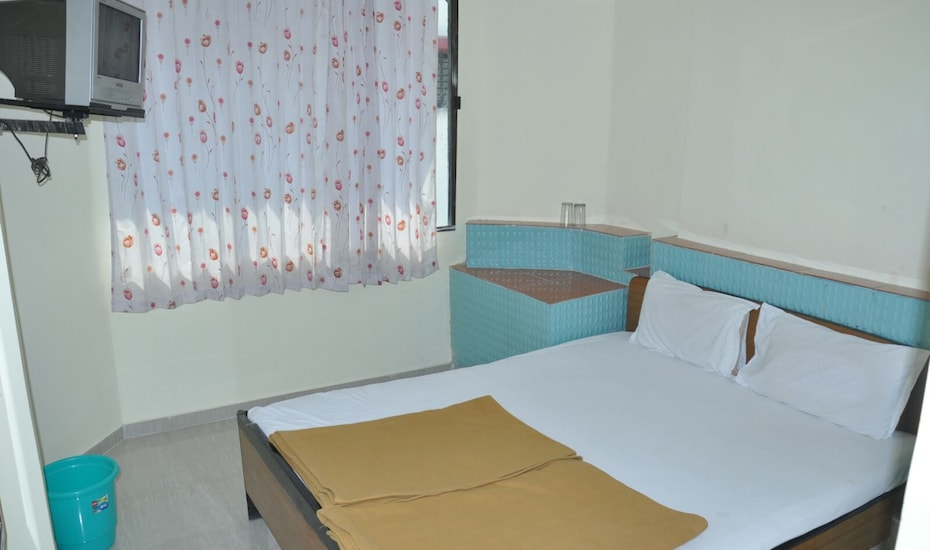 Hotel Pooja International, none,