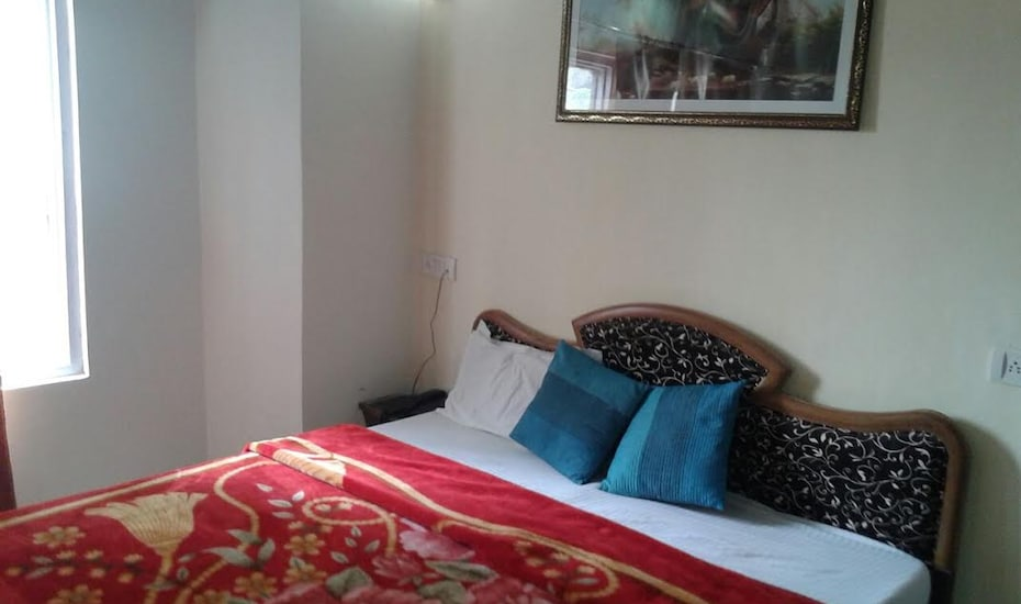 Hotel Shivam, Picture Palace Road,
