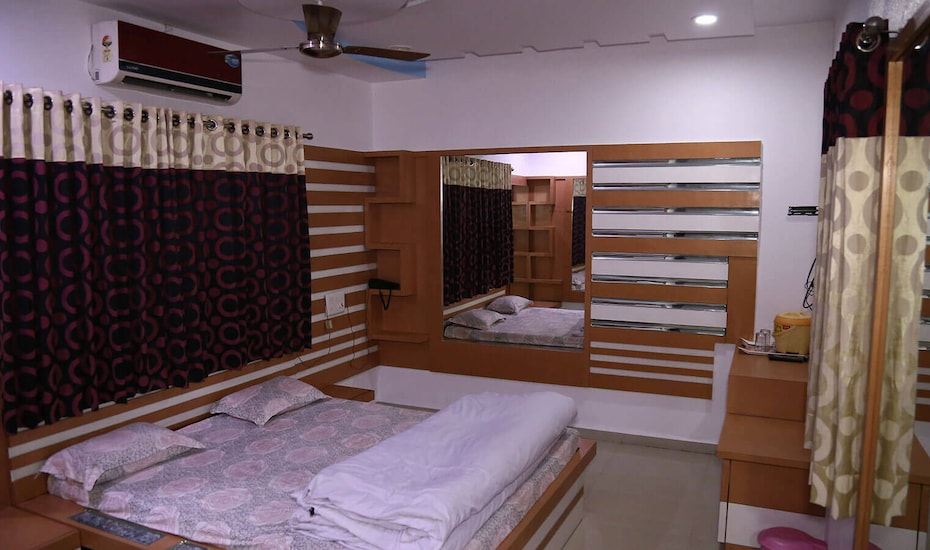 Hotel Swagat Inn and Guest House, none,