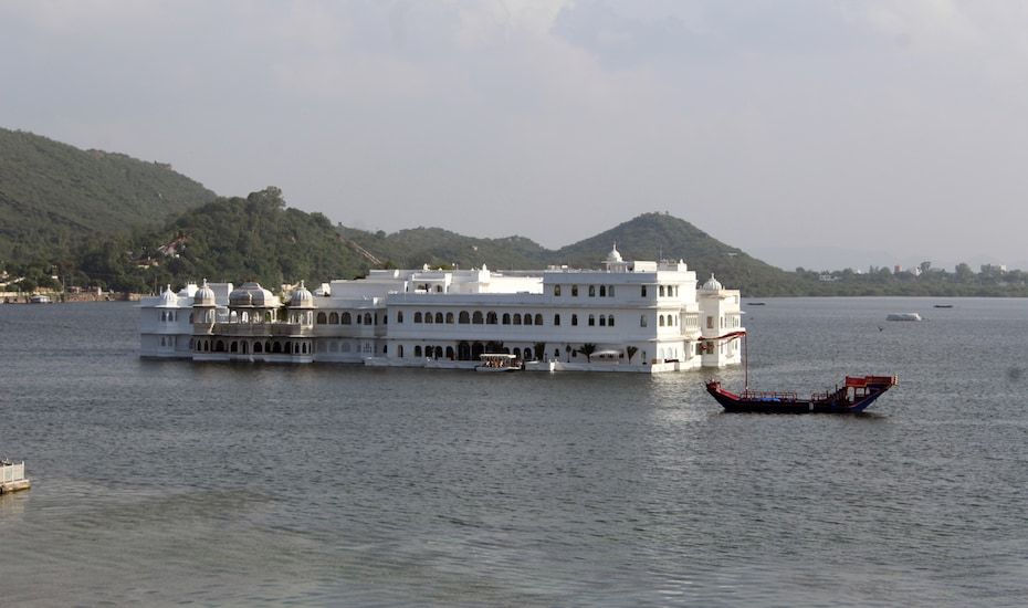 Haveli On The Lake, Chandpole,
