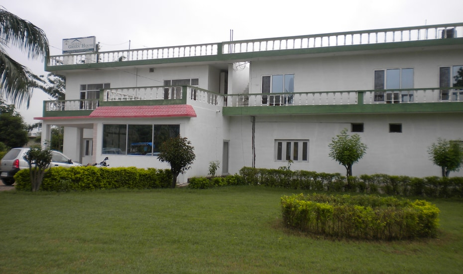 Hotel Green House, Jain Temple Road,