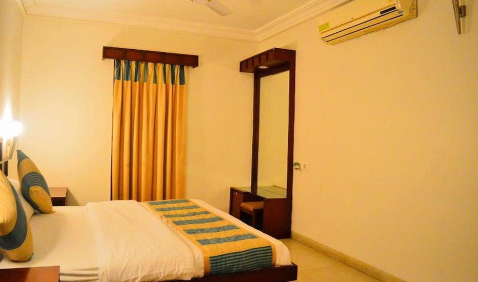 Hotel Ashray, Dewas Road,