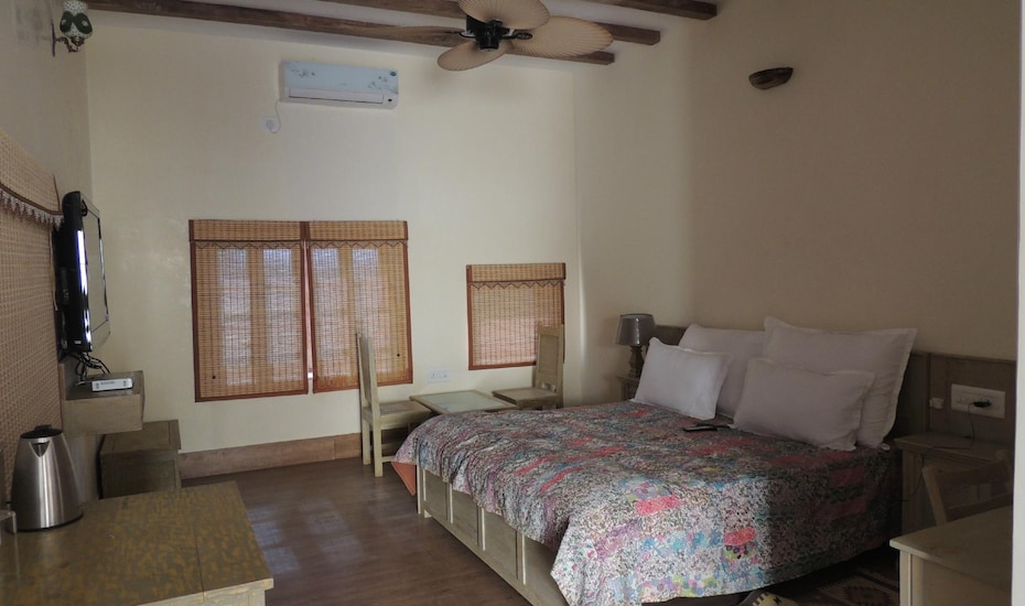 Jamwai Resort, Barmer Road,