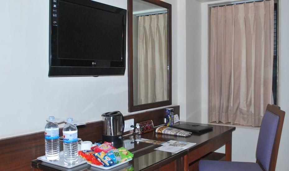 Hotel Goradia, Near Temple,