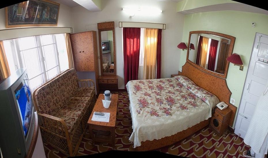 Hotel Nishat, Fingask Estate,