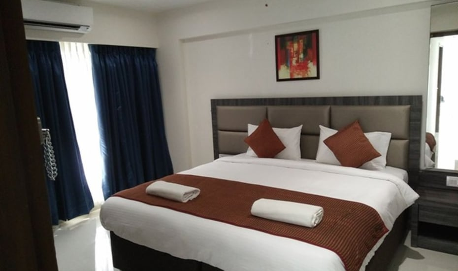 Apartment Hotel Andheri West, Linking Road,