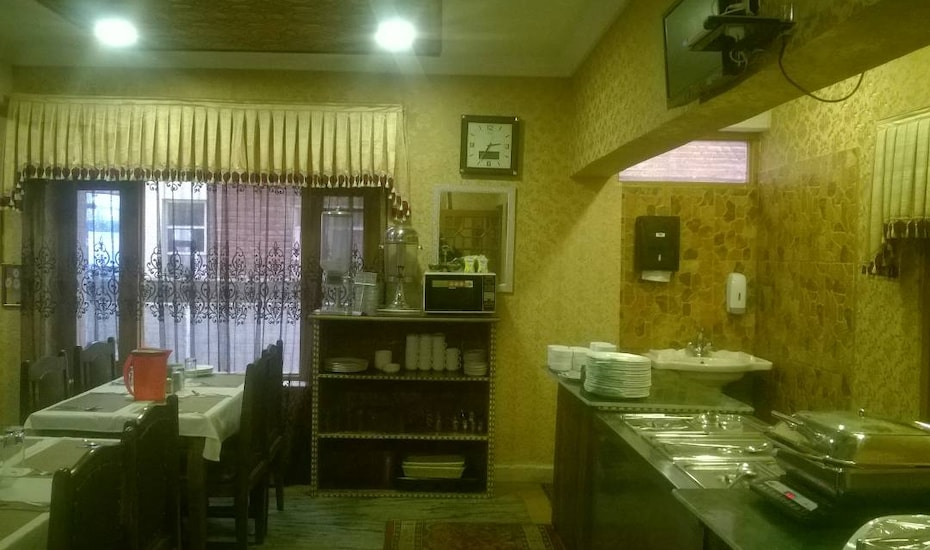 Hotel Akbar Inn, Sonwar Bagh,