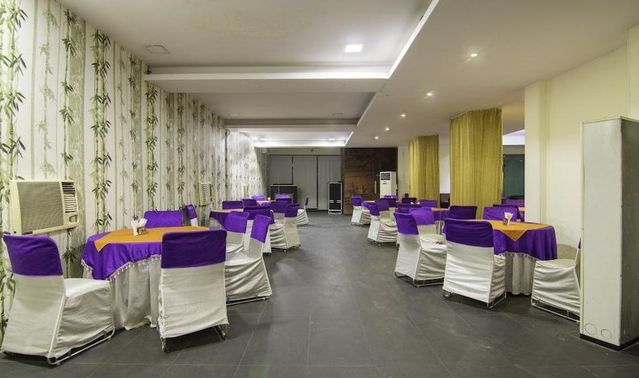 Hotel Palm Tree Palam Vihar, Palam Vihar,